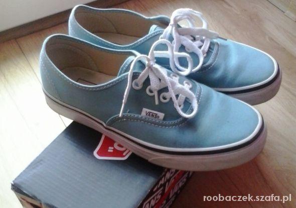 błękitne vansy