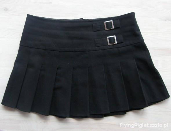 czarna plisowana spódniczka S