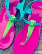 Gumowe sandalki kolorowe
