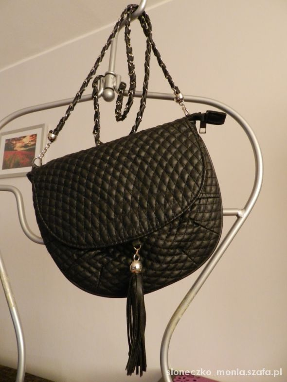 Chanelka czarna