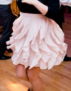 sukienka falbanki h&m pudrowy róż