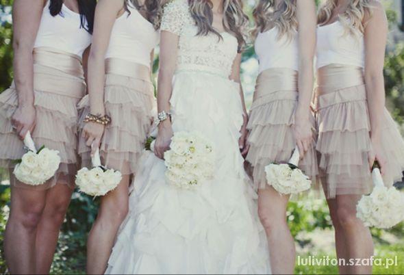 Sukienki dla druhny...