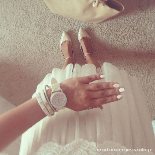 Romantyczne white and beige