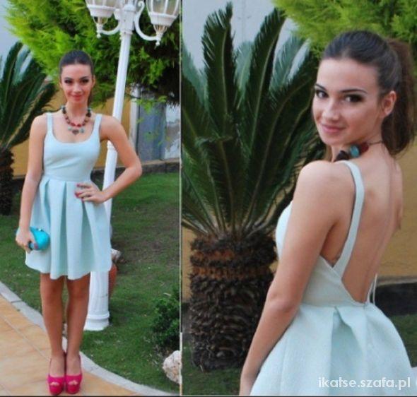 Nowa sukienka Zara miętowa 38 M rozkloszowana w Suknie i