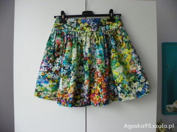 Spódnice zara floral