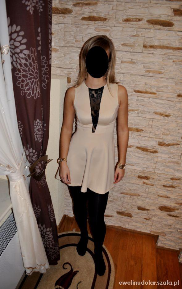 Na specjalne okazje Sukienka z czarną koronką