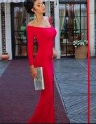 czerwona sukienka...
