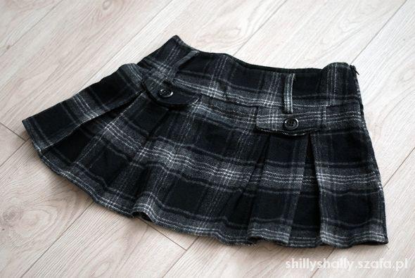 Spódnice Gruba spódniczka
