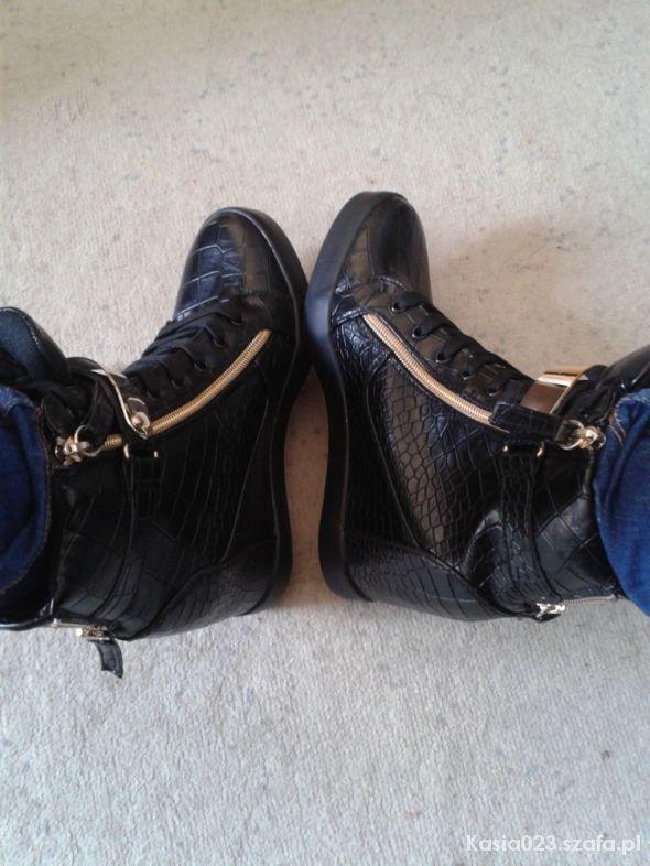 285f0620 Buty czarne sneakers koturny w Koturny - Szafa.pl