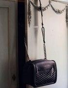 czarna torebka zara pikowana łańcuch...