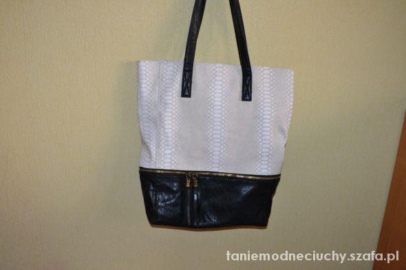 torebka czarno biala