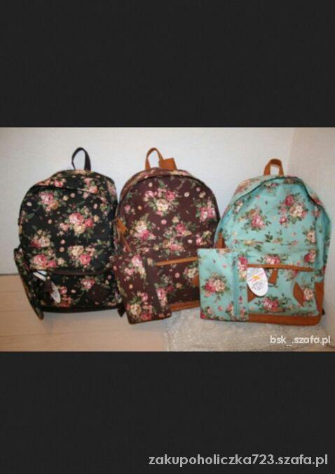 Szukam plecaka w kwiaty vintage...