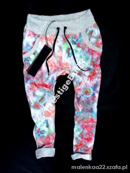 Ubrania spodnie baggy dresowe w kwiaty