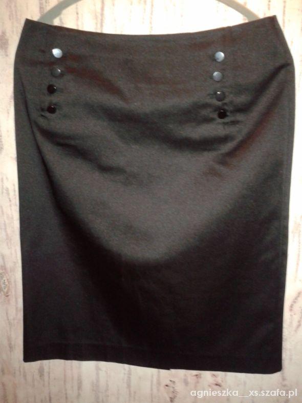 Spódnice czarna satynowa