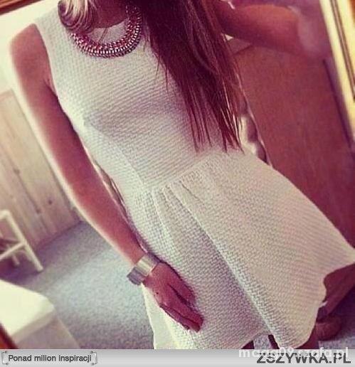 Szukam białej sukieneczki