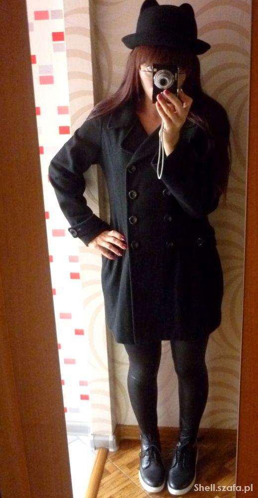 Klasyczny flauszowy elegancki płaszczyk jesienny X