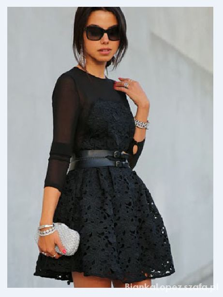 Eleganckie piekna black rozkloszowana koronkowa