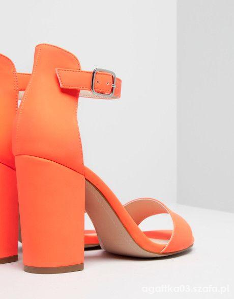 pull& bear heels