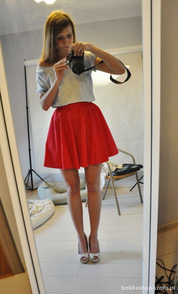 Spódnice Czerwona kloszowana spodniczka