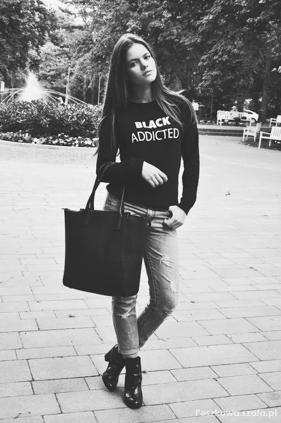 Ubrania black