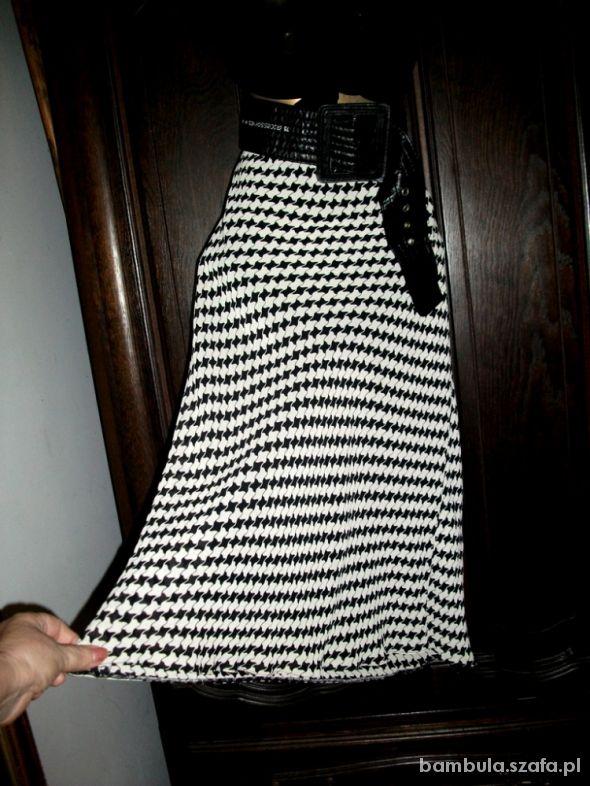 Spódnice Etam rewelacyjna zawsze modny deseń 48 50