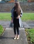 Gray coat and lemon heels
