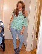Jeansy H&M i miętowa bluzeczka