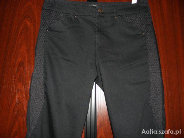 Mohito czarne pikowane spodnie