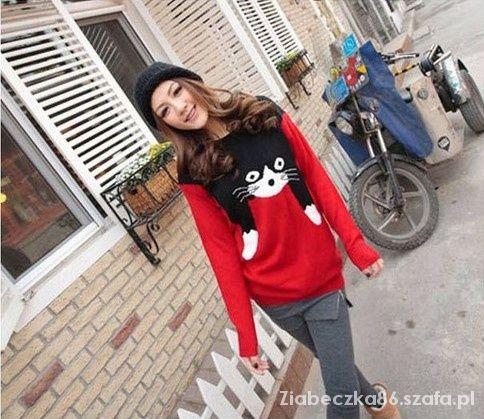 Sweter z KOTEM