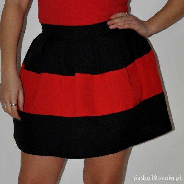 Spódnice Spódniczka w zakładki czarno czerwono czarna