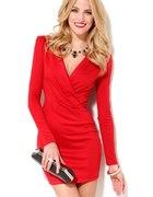 Czerwona sukienka dekolt SML