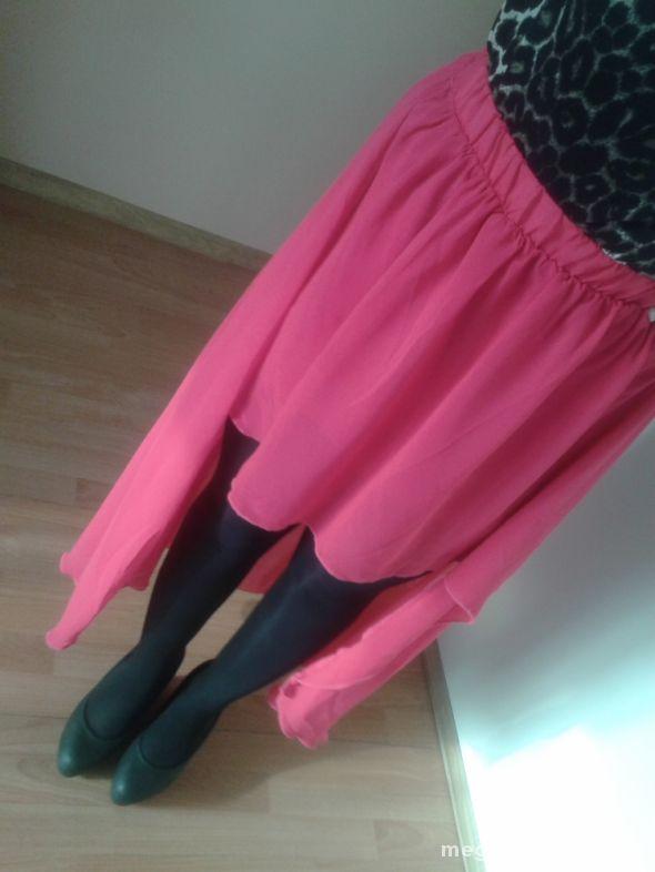 Spódnice SLiczna rozowa spodnica