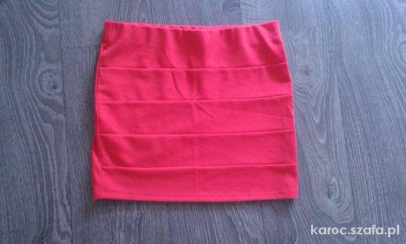 Spódnice czerwona mini bandażowa