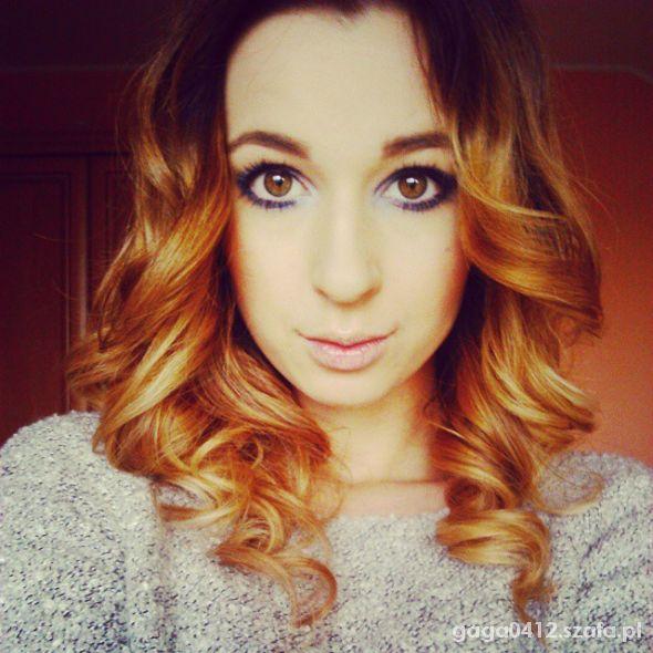Fryzury 18nastkowy makijaż