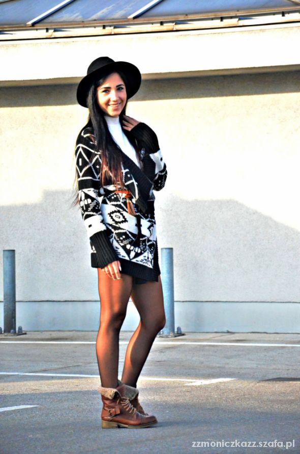 Blogerek Aztec sweater