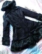 Restyle gotycki zimowy płaszcz z futerkiem