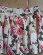 Cropp Town Chillin spódnica w kwiaty floral zip S