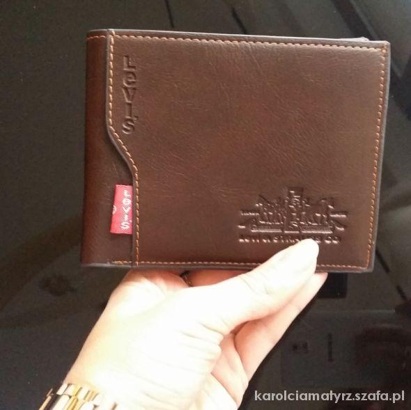 b167539d29751 Super modny męski skórzany portfel levis w Portfele - Szafa.pl