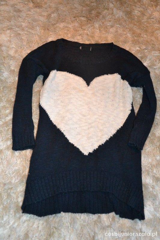 sweterek z sercem M