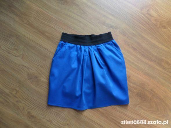 Spódnice kobaltowa 36