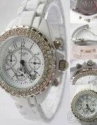 Poszukuję zegarka CHANEL J12 z cyrkoniami...