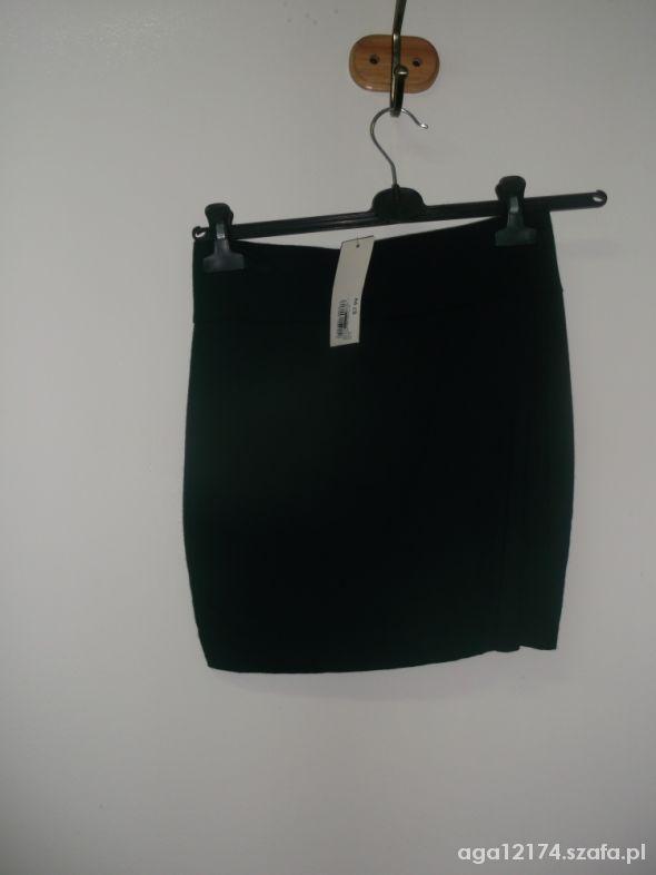 Spódnice czarna internationale 10