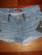 jeansowe spodenki z ćwiekami