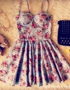 Gorsetowa sukienka floral