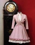 Różowa spódniczka lolita...