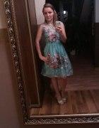 Obłedna błękitna sukienka z organzy
