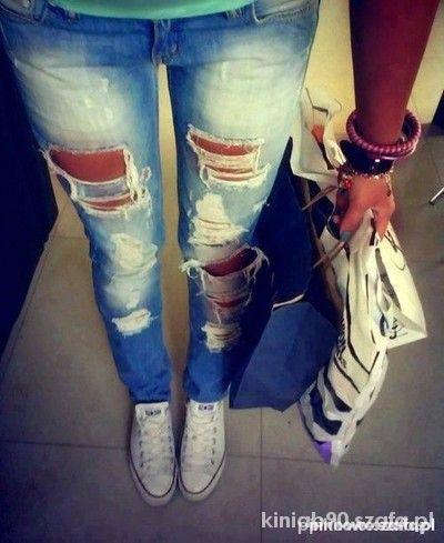 spodnie jeansy z dziurami