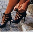 Sandałki wiązane gladiatorki na szpilce