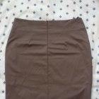 Super Spódnica ołowkowa z zakładkami