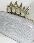 srebrne puzderko torebka wieczorowa kastet